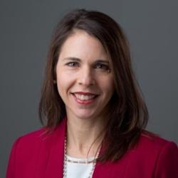 Headshot of Jennifer Lundgren